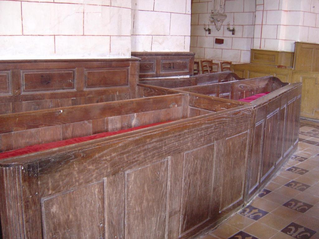 Champteussé-sur-Baconne, intérieur de léglise, photo personnelle