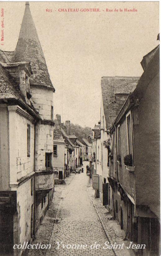 Château-Gontier, collection particulière, reproduction interdite